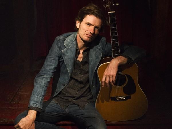 Engelse Singer Songwriter Jason McNiff